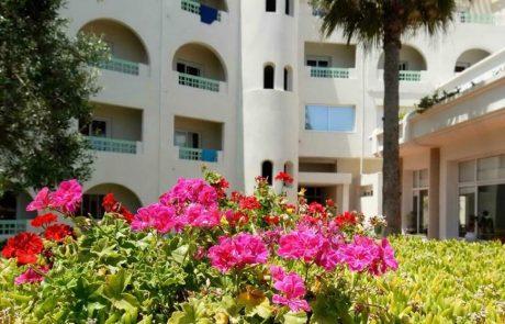 Belle jardin au milieu de resort Sousse