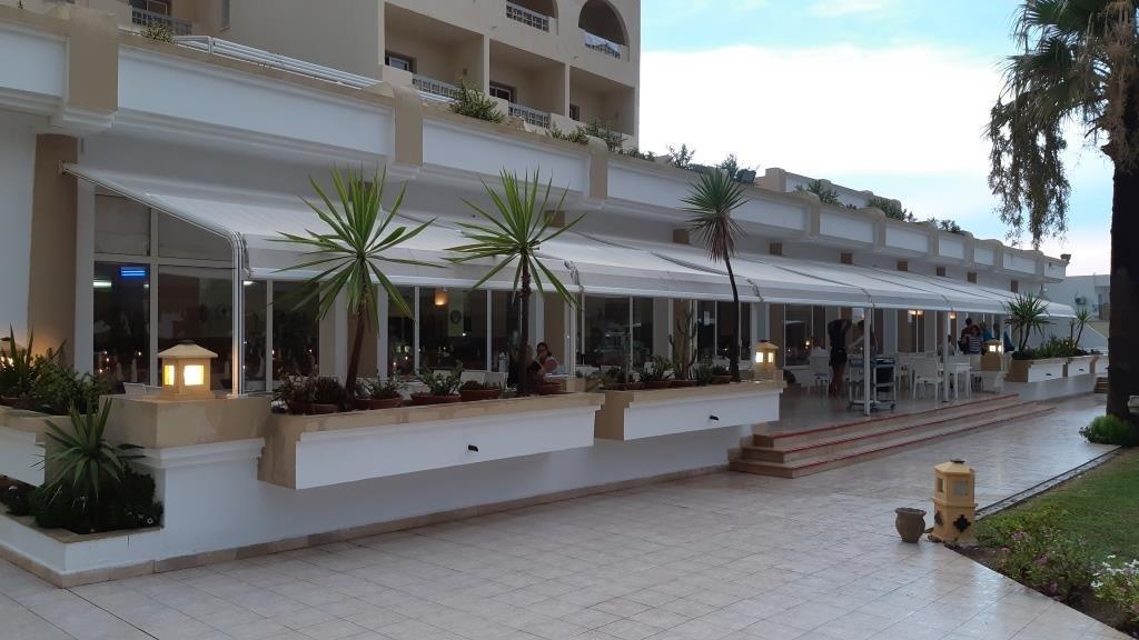 restaurant outdoor de resort sousse