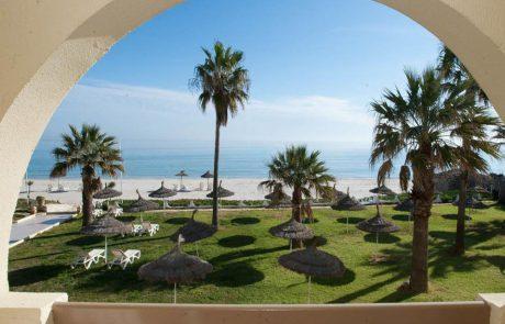 vue mer depuis le balcon à resort Sousse